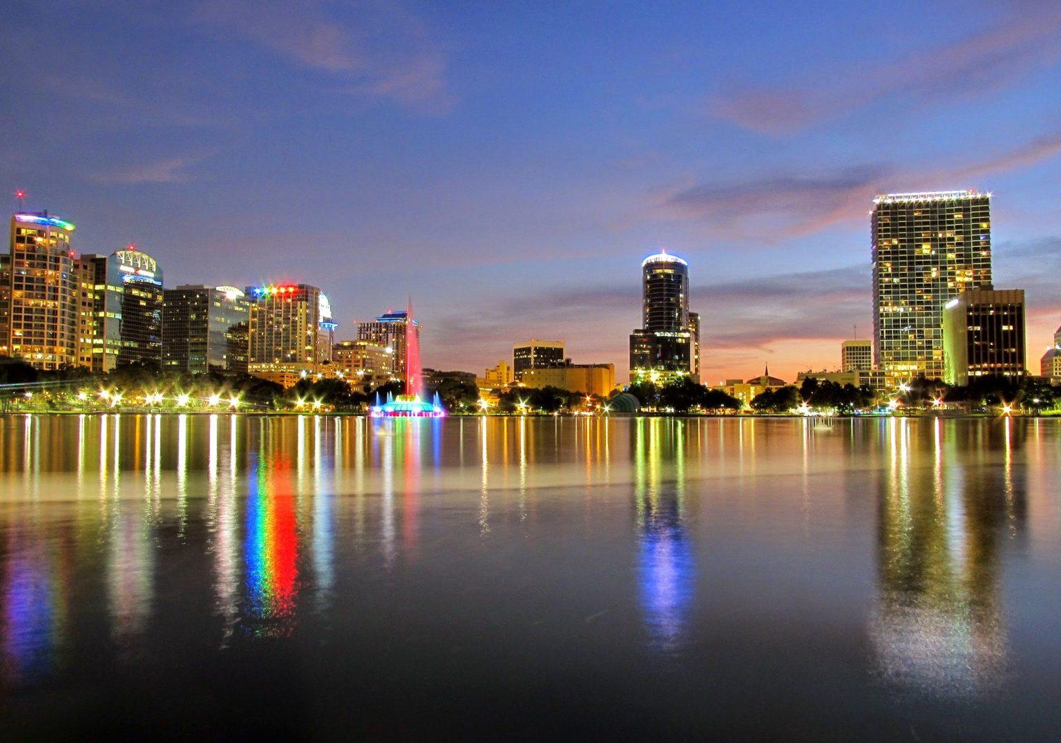 Lake_Eola_Park_in_Orlando_02